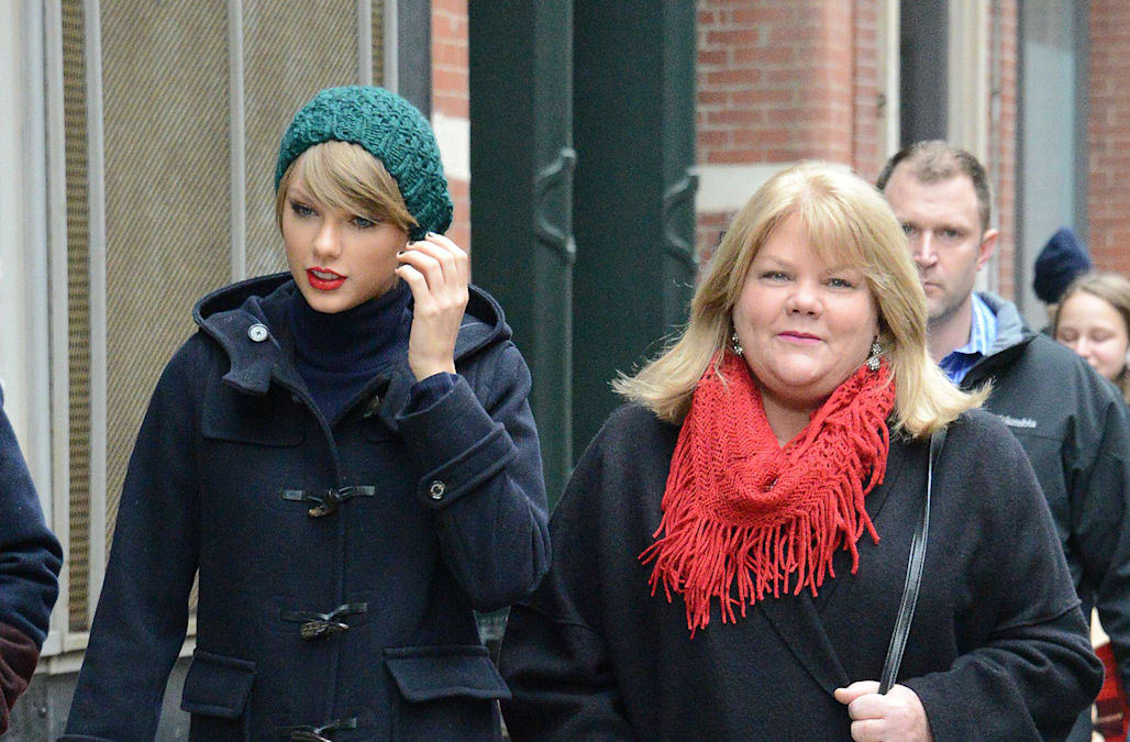 Taylor swifts mom takes the stand in groping trial i wanted to denver taylor swifts mother andrea testified wednesday that a kygo morning show host absolutely shattered our trust after he grabbed the superstar m4hsunfo Choice Image