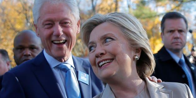 Hillary Clinton assiste à un mariage en gandoura — New York