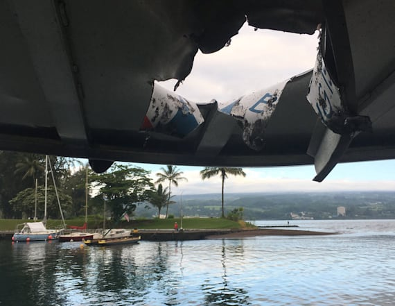 Lava 'bomb' injures 22 people on tour boat in Hawaii