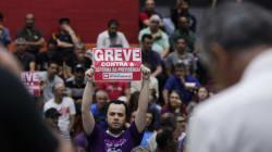 Greve geral: Cidades do Brasil têm atos e paralisações contra reforma