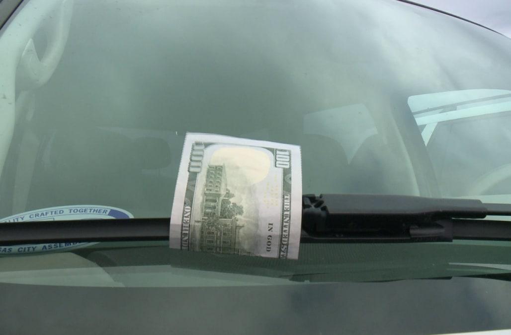 Falošné peniaze za stieračom - metóda zlodejov v zahraničí