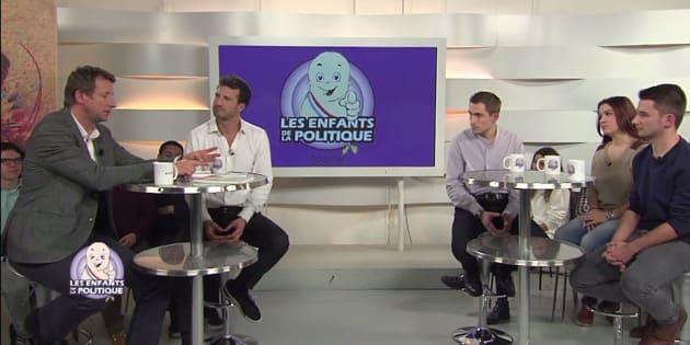 """Yannick Jadot interviewé sur et par les jeunes dans l'émission """"Les Enfants de la Politique"""""""