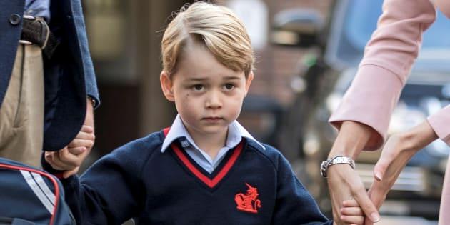 El príncipe Jorge llega a la Thomas's School de Battersea, el Londres, en su primer día de colegio, el 7 de septiembre de 2017.
