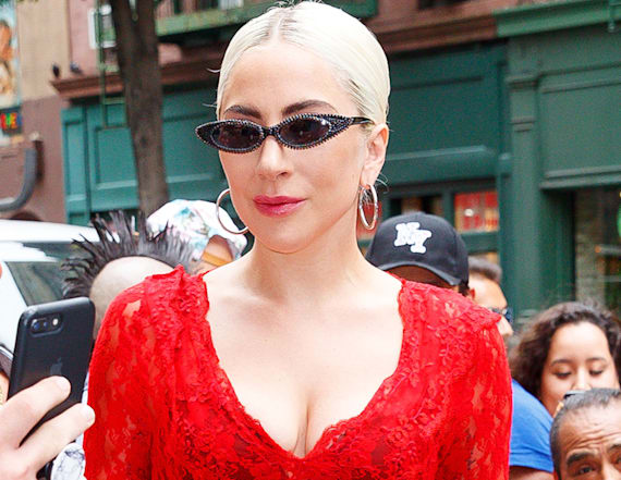 Gaga distorts face and breasts in bizarre new images