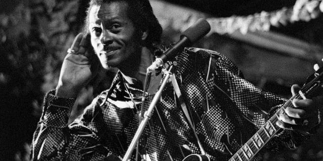 """Chuck Berry lors d'une performance à Nice durant la """"Grande Parade du Jazz"""" (aujourd'hui le Nice Jazz Festival), le 10 juillet 1981. Chuck Berry est décédé samedi 18 mars à 90 ans."""