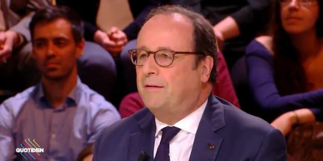 """Macron président des riches? """"Non, ce n'est pas vrai. Des très riches,"""" répond Hollande"""