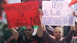 VIDEO: El odio y los insultos reciben a la caravana migrante en