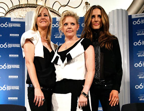 Ex-Dixie Chicks explain shortening name