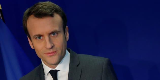 Emmanuel Macron en conférence de presse à son QG de campagne le 19 janvier 2017. REUTERS/Philippe Wojazer