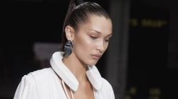 Ce collier porté par Bella Hadid à la Fashion Week est tout à fait