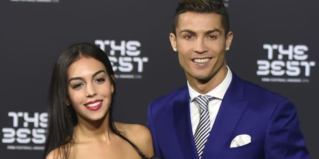 Cristiano Ronaldo y Georgina Rodriguez, en la gala de mejor jugador de la FIFA en enero de 2017.