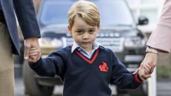 Hoje foi o primeiro dia de aula do príncipe