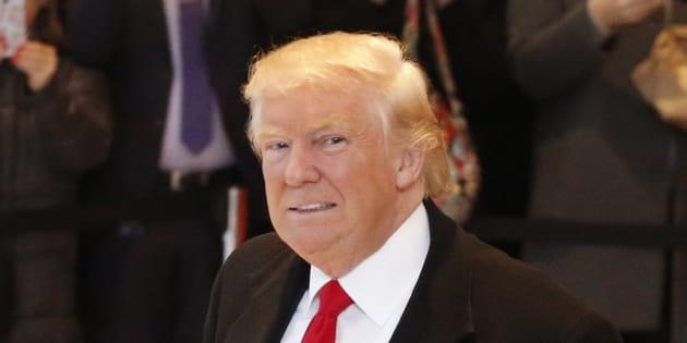"""Donald Trump dans les locaux du """"New York Times"""" mardi 22 novembre"""