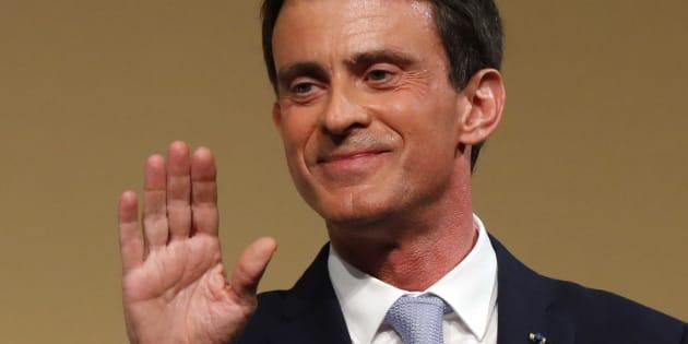 """Manuel Valls répond """"à ceux qui parlent de trahison"""" et étrille le programme de Benoît Hamon"""