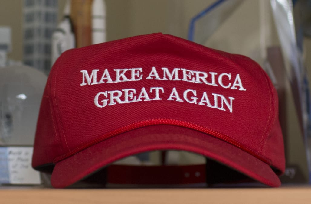 8de5e5b6b61da A Canadian restaurant is facing backlash after a man wearing a  Make  America Great Again  hat was refused service at the establishment.
