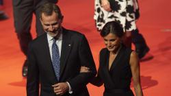 Aplauso a Garzón por su pregunta al PSOE sobre la monarquía: