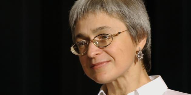 La journaliste russe de Novaïa Gazeta, Anna Politkovskaïa, en octobre 2002 à New York.