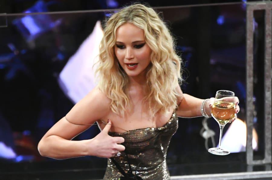Jennifer Lawrence aproveitou muito a festa da 90ª edição do Oscar de 2018.