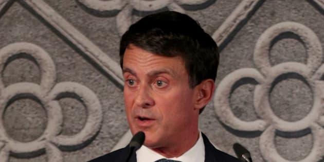 Manuel Valls s'écharpe avec la maire de Barcelone sur la monarchie espagnole