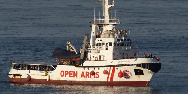Le bateau Open Arms arrivant au port à d'Algesiras en Espagne le 9 août 2018.