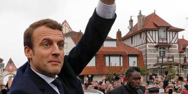 Resultado de imagen para centrista proeuropeo Emmanuel Macron, candidato francia