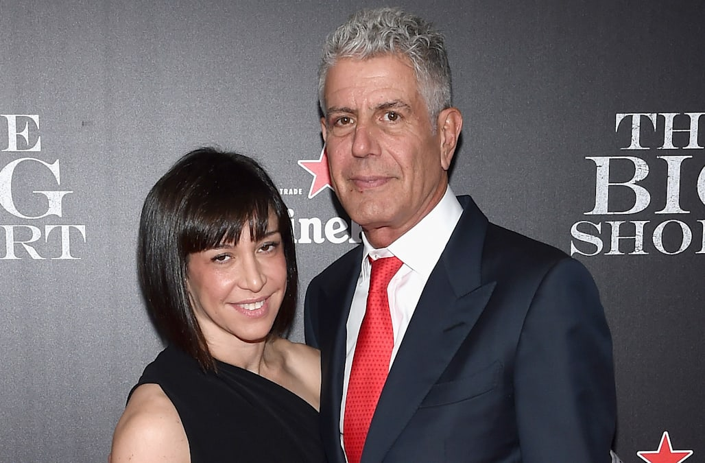 where does anthony bourdain live