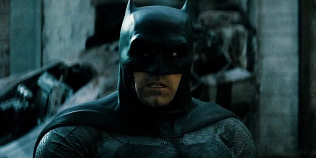 Pesquisa registra uma média de 23 atos de violência por hora associados a protagonistas de filmes de super-heróis, como o Batman.
