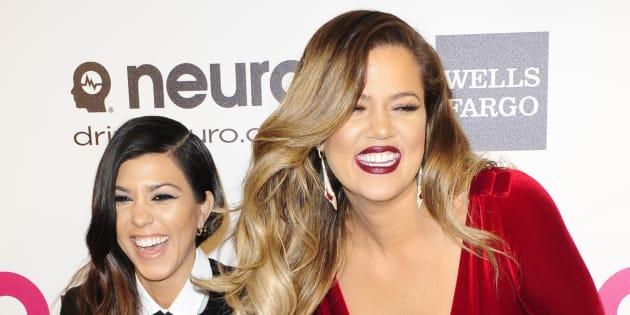 Khloe Kardashian a-t-elle une photo géante de sa sœur Kourtney en Jésus chez elle?