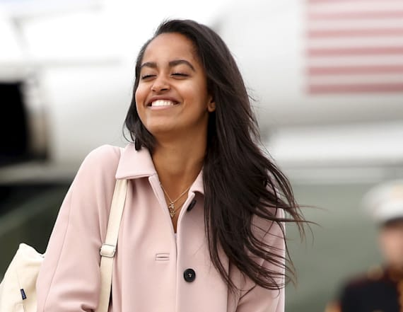 Malia Obama spotted kissing at Harvard-Yale game