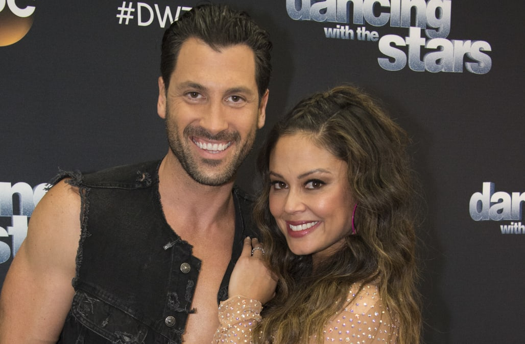 Jlo dating max from dancing with the stars — photo 2