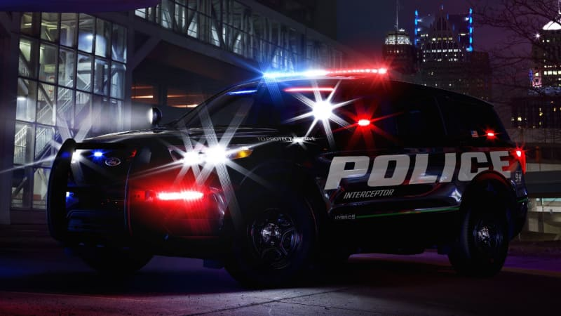 2020 Ford Police Interceptor Utility Gets Hybrid Powertrain Autoblog