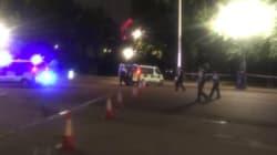バッキンガム宮殿前で刃物男が警察官を襲う