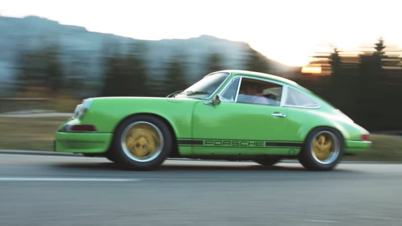 Innovative Porsche fanatic drives his 911 with hand levers