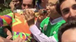 「マジ感謝」韓国大使館にメキシコ人殺到 幹部「神対応」でテキーラ・ラッパ飲み《ワールドカップ》