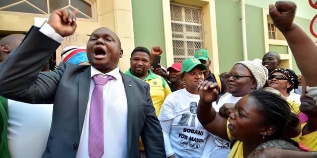 Nelson Mandela Bay deputy mayor Mongameli Bobani (grey blazer) during the municipal council meeting on May 23, 2017 in Port Elizabeth, South Africa.