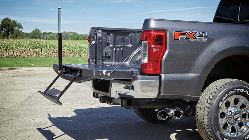 Tailgates are randomly falling open on Ford F-Series Super Duty trucks, investig...