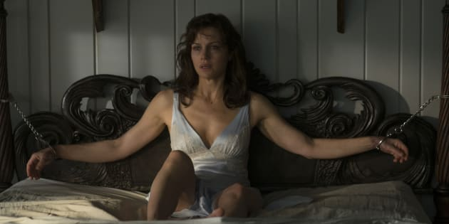 Carla Gugino as Jessie Burlingame in Netflix's 'Gerald's Game', based on the Stephen King novel by the same name.
