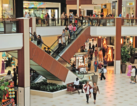 Retailers file for bankruptcy at a staggering rate