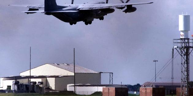 Coups de feu dans une base américaine en Angleterre, un homme arrêté
