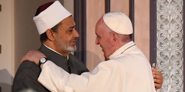 Pope Francis with Sheikh Ahmad Muhammad al-Tayyib, Egyptian Imam of al-Azhar Mosque, during their meeting at al-Azhar university in El Cairo (Egypt), 28 April 2017. ANSA/CIRO FUSCO