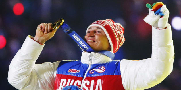 Le fondeur Alexander Legkov retrouve donc sa médaille d'or obtenue à Sotchi.