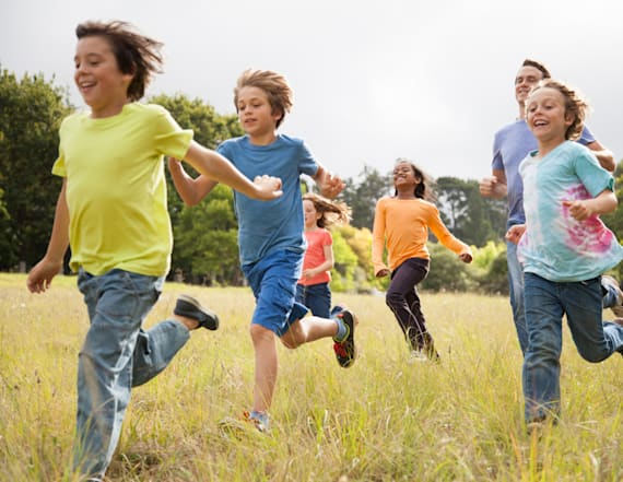 Frugal ways to keep kids entertained this spring