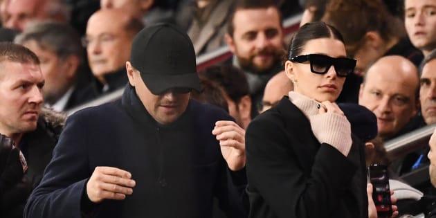 Camila Morrone et Leo DiCaprio ensemble pour PSG-Liverpool au Parc des Princes mercredi 28 novembre
