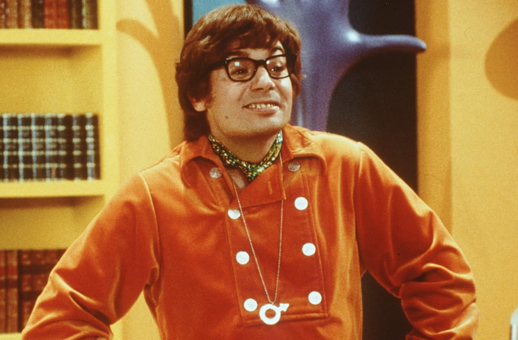 mike myers teases a possible austin powers 4 it s looking good