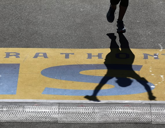 Boston Marathon may see cool, wet weather