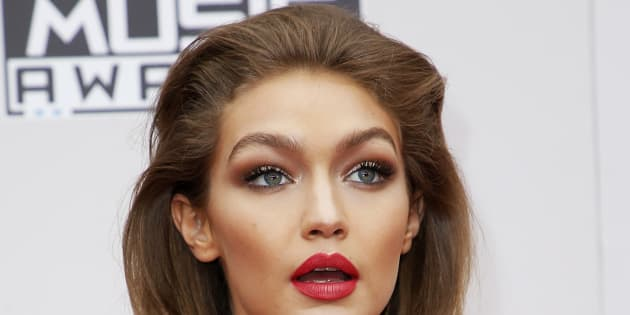 Gigi Hadid aux American Music Awards à Los Angeles le 20 novembre 2016.