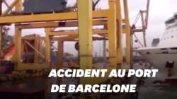 Les images spectaculaires de l'accident de ferry au port de
