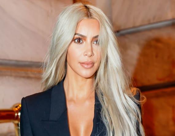 Kim Kardashian flaunts bikini body