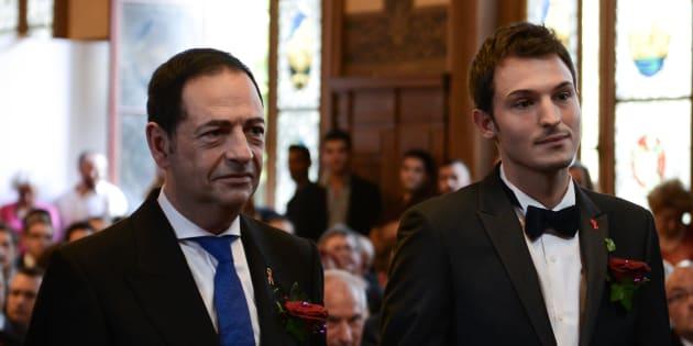 Jean-Luc Romero et Christophe Michel lors de leur mariage, en septembre 2013.