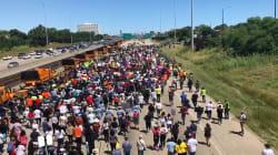 À Chicago, ces manifestants anti-armes à feu ont bloqué une